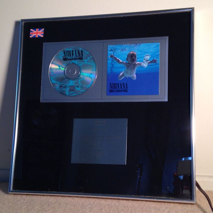 NIRVANA NEVERMIND UK 1992 300,000 sales_Presented to Butch Vig