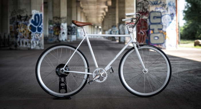 FlyKly Bicycle with Wize, equipped by Bike+ technology powered by ZeHuS