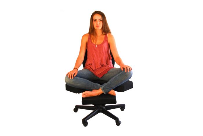 CrossChair - in cross legged position