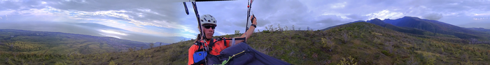 Paragliding CENTR selfie (click to see the video)