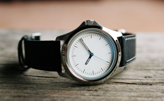 White Dial - Designed by Simon Von Allmen