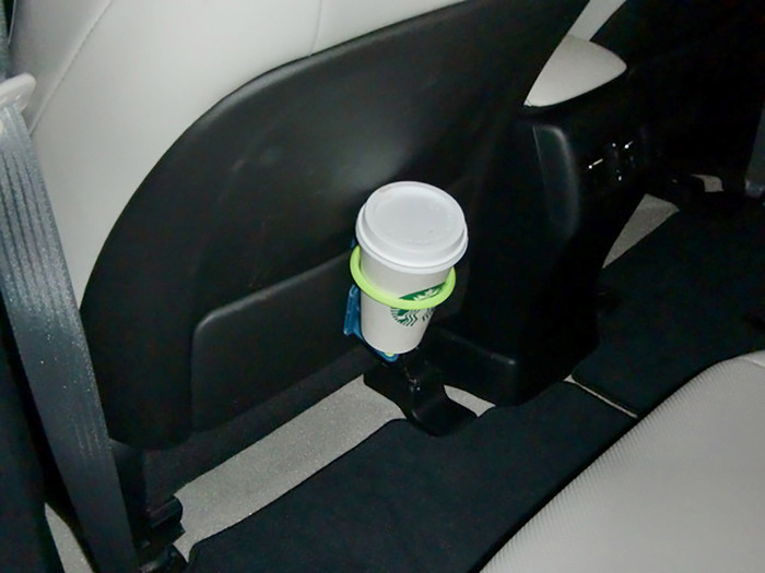 Seat back pocket in an SUV