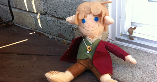 Bilbo Baggins plushie sample