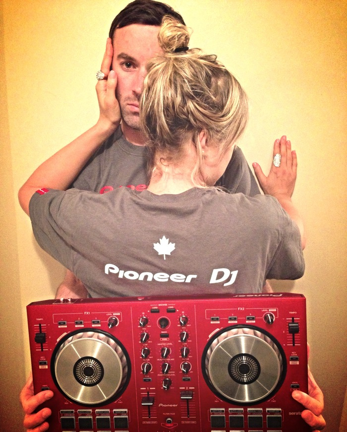Pioneer DJ Limited Edition Tees & Digital DDJ-SB-R from the Simms collection