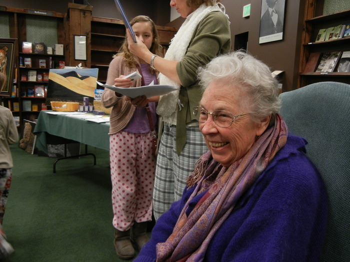 Marianna Pyka enjoys time with fans at a Tattered Cover Bookstore signing