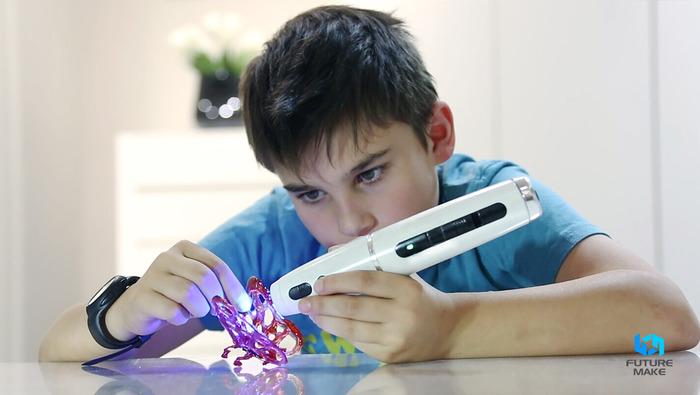 Polyes Q1 jest bezpieczny, dlatego może być wspaniałym narzędziem do rozwoju kreatywności dzieci. Źródło: Kickstarter