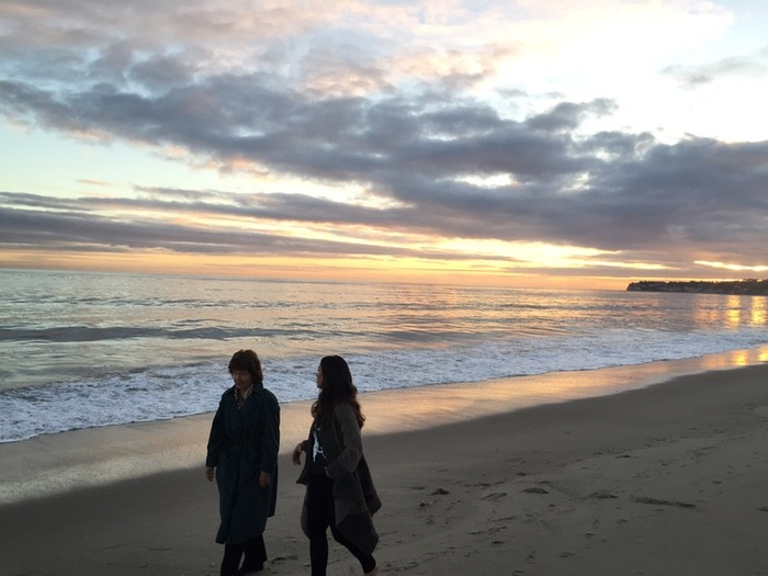Elaine, Alanis and a gorgeous California sunset