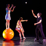 (2009)_bounce_09_-_photo_yi-chun_wu_-_performers_zoe_schieber__kristin_hatleberg___george_hirsch_(1)_(from_merlin).medium