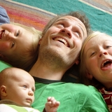 Jason_and_kids_800x600.medium
