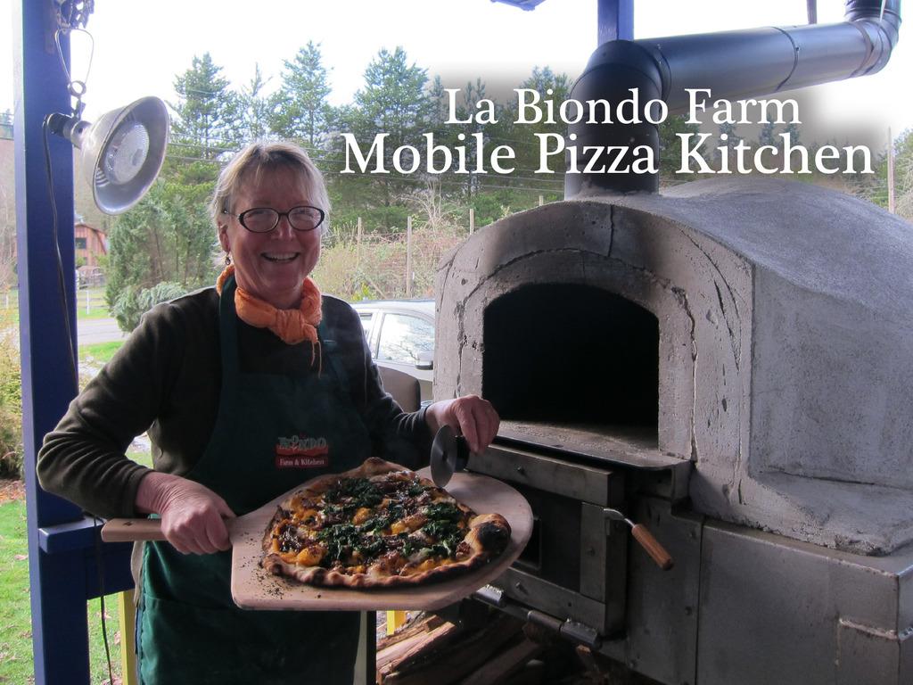 La Biondo Farm Mobile Pizza Kitchen's video poster