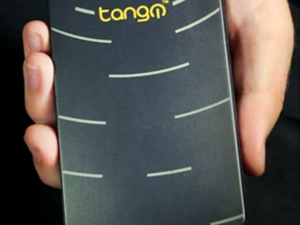 Tango Super PC: Pocketable Gameable Officeable Windows PC's video poster