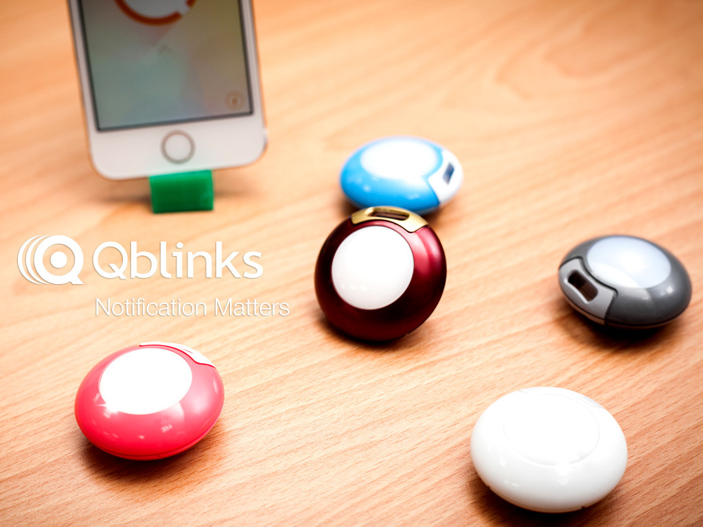 Qblinks - Smartphone Remote Notification and Control's video poster