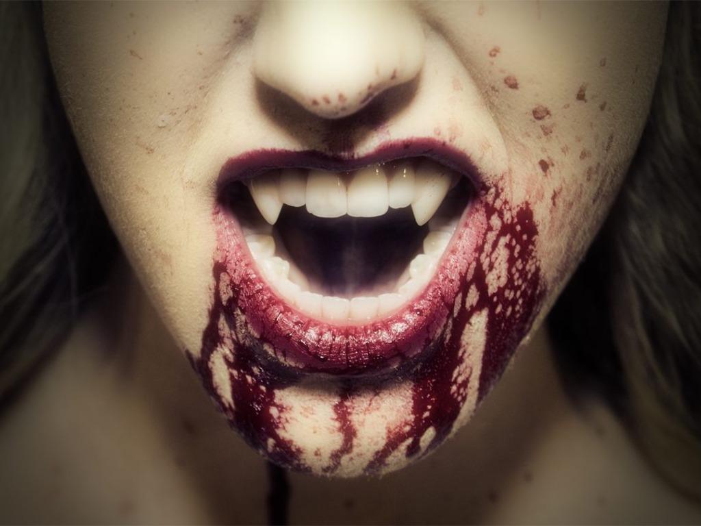 2015 Vampire Pinup Calendar's video poster