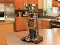Multibru - a versatile manual brewer for both coffee and tea