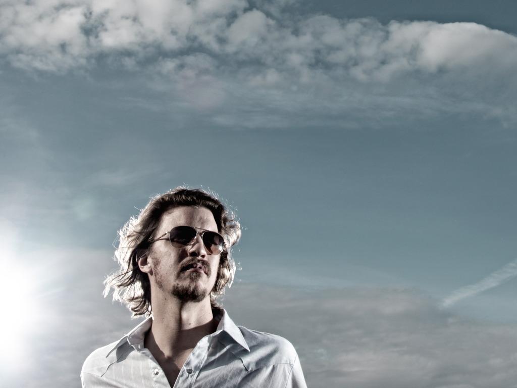 Aaron Barnhart's New Record's video poster
