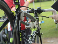 Be Kind to Your Bike with the Carbon Frame Clamp