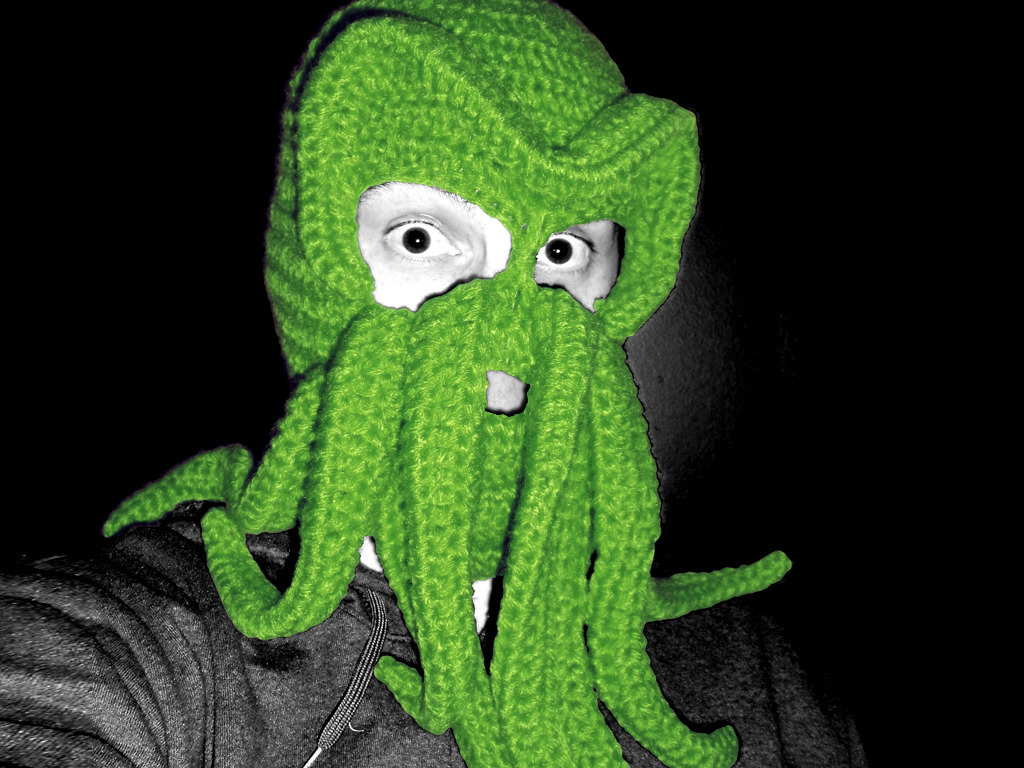 Cthulhu Knitted Ski Mask's video poster
