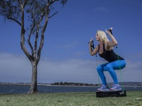 BodyFly Fitness: The First Portable Cable Machine