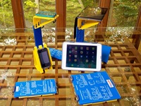 SmartStand: A scanning stand for your phone or tablet