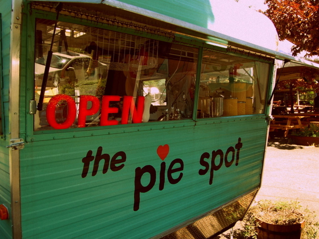 The Pie Spot: Filling Portland's Pie Hole's video poster