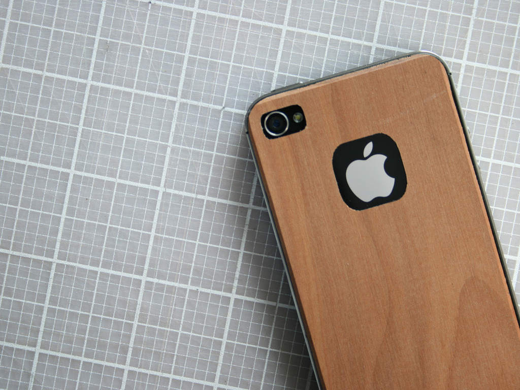 iPhone Skin Made From Real Apple Wood's video poster