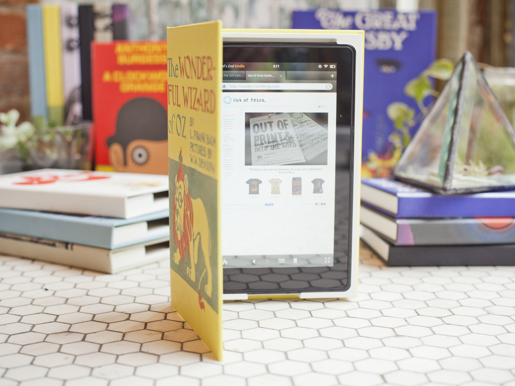 Out of Print eBook Jackets for iPad, Kindle Fire and Nexus 7's video poster