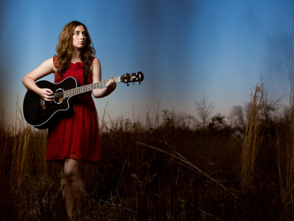 Singer-Songwriter Haley Dreis is making a new record!'s video poster