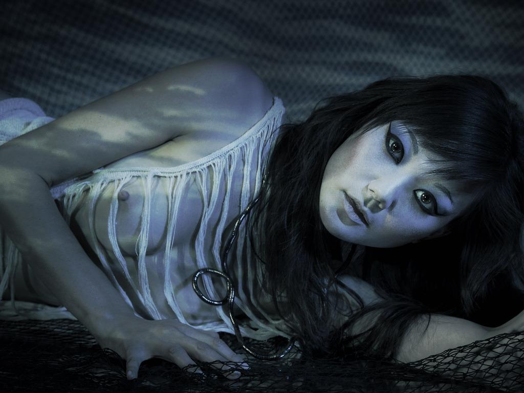 Erotic Art Photo-Painting: Webbing/Netting Series Pre-Order's video poster