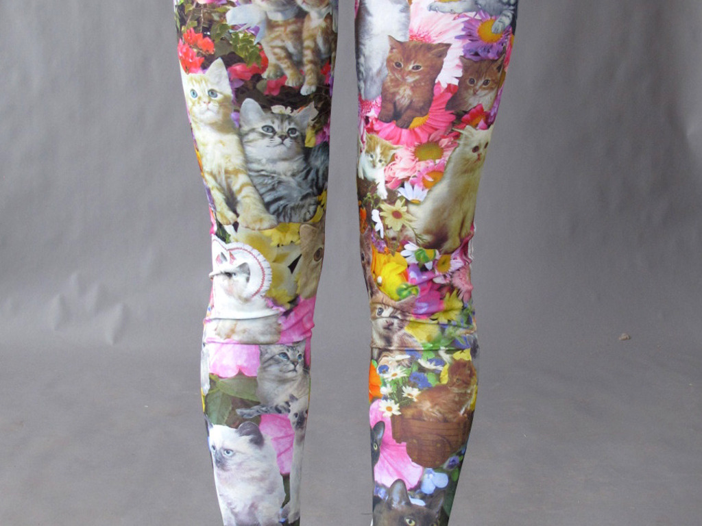 "Pretty Snake's ""Kitty Garden Party""  Leggings's video poster"