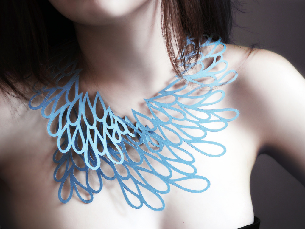 Air Tattoo : Wearable Art for your Neck's video poster