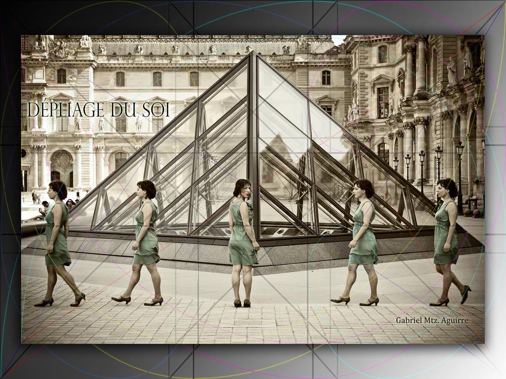 "Vitruvian Woman in Paris: ""Dépliage du soi""'s video poster"