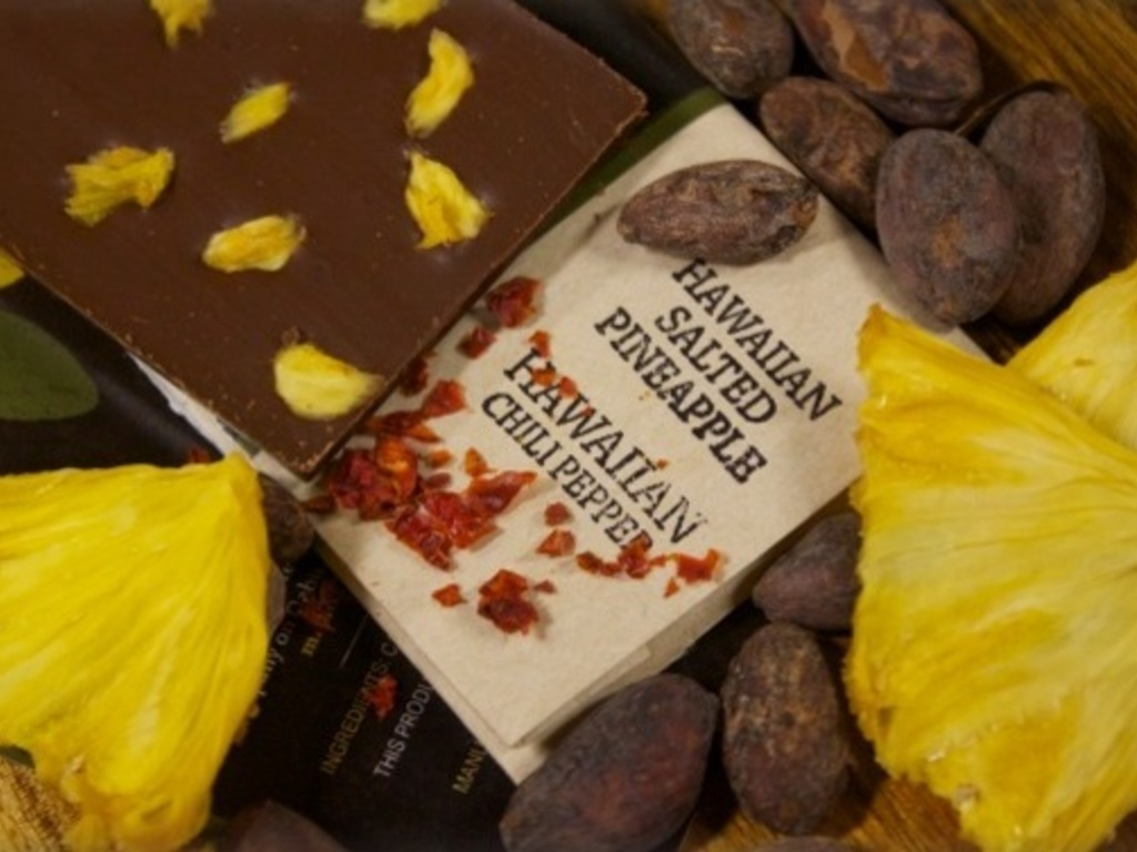 Manoa Hawaiian Chocolate: Bean-to-bar handcrafted for all!'s video poster