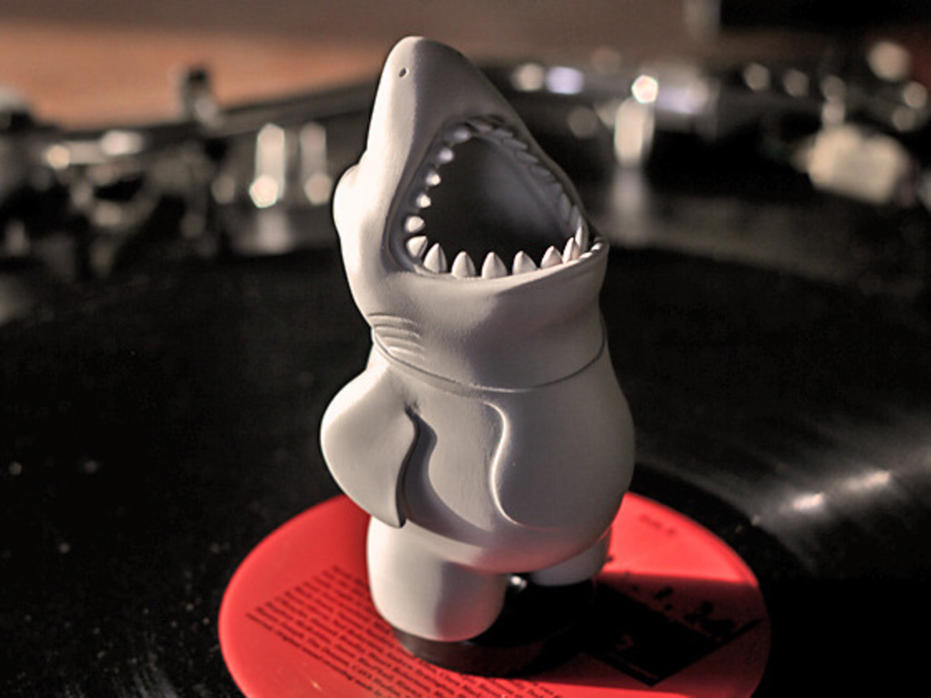 Chums - The Vinyl Toy with a Big Mouth!'s video poster
