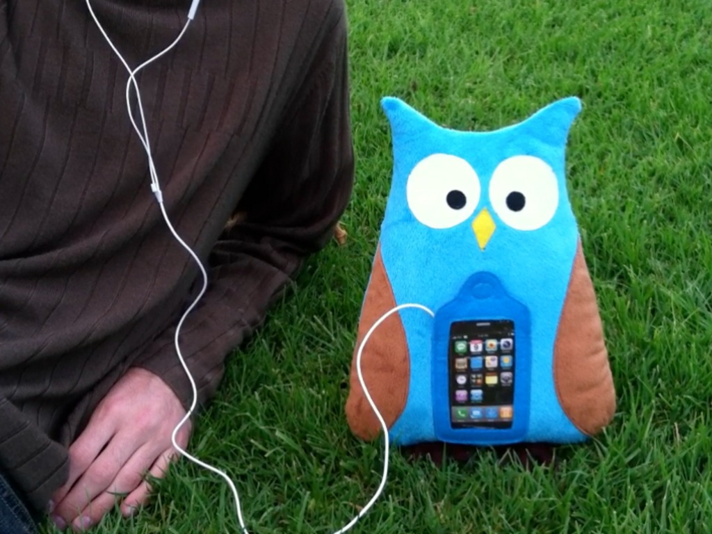 Swoop the Owl - Mobile Plush for iPhone and iPod touch's video poster