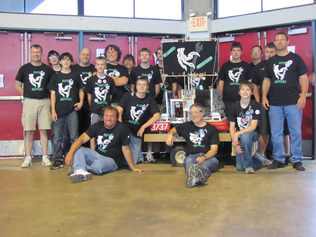 4H Robotics Team 3737 - FIRST Robotics 2013 NC Regional's video poster