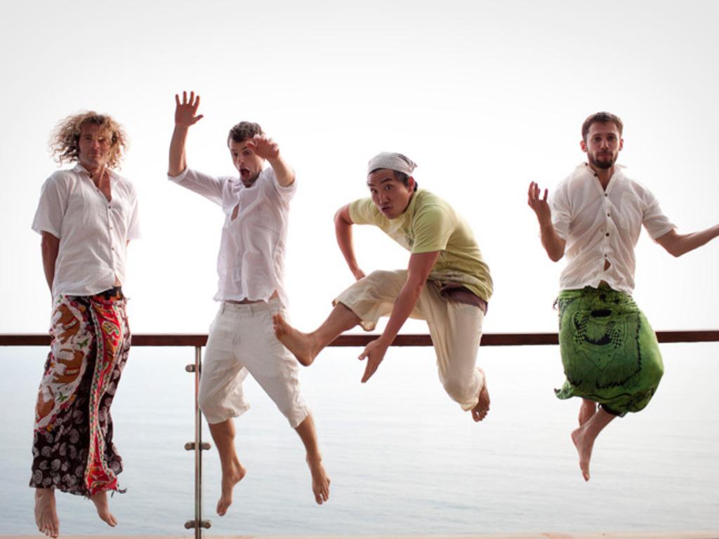 Alma Desnuda - a band that inspires and creates abundance's video poster