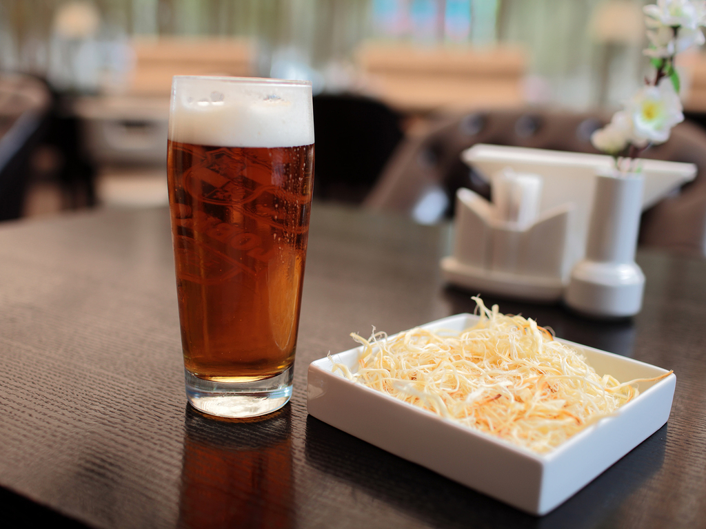 Chechil USA - Smoked, Salty, String-Cheese Beer Snack's video poster