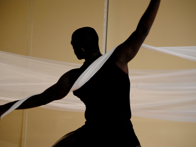 Sonia Plumb Dance Company Presents Quot Shadows And Light Quot By