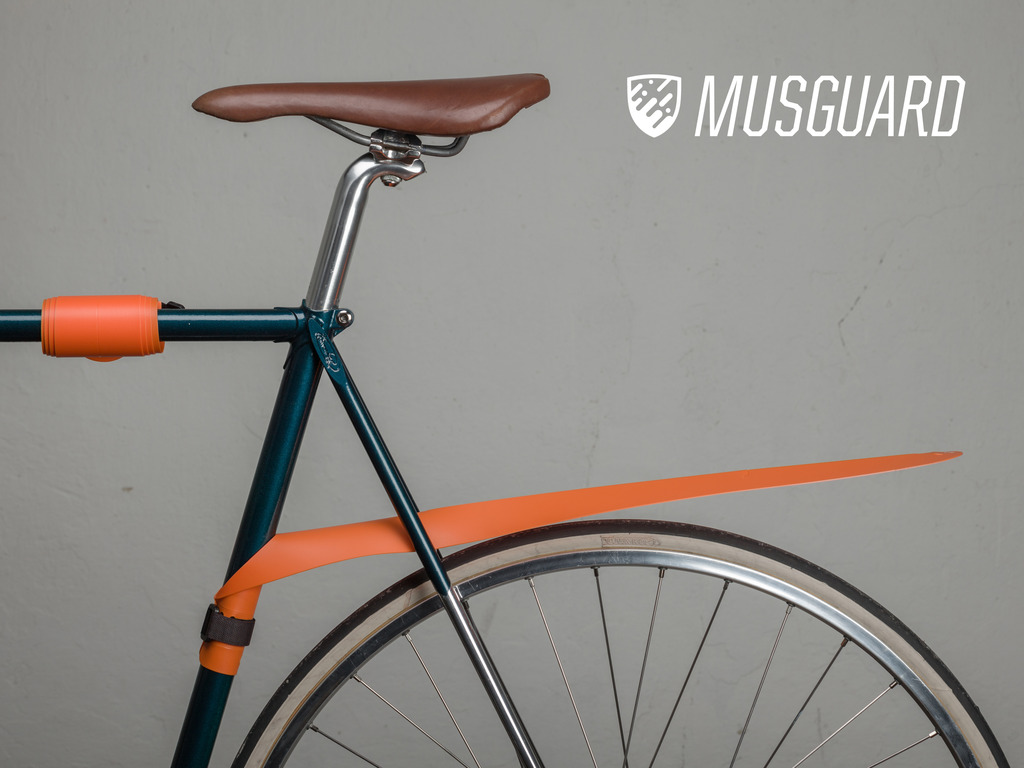 MUSGUARD: A removable, rollable bicycle fender's video poster