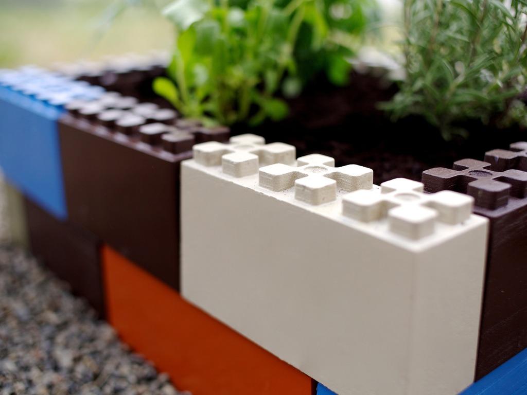 TogetherFarm Blocks: A Modular Garden Box Anyone Can Build's video poster