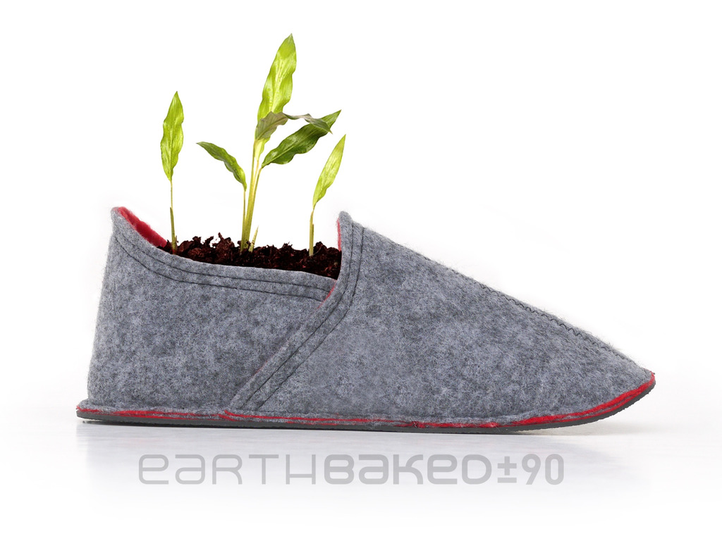 EarthBaked :: Biodegradable footwear's video poster