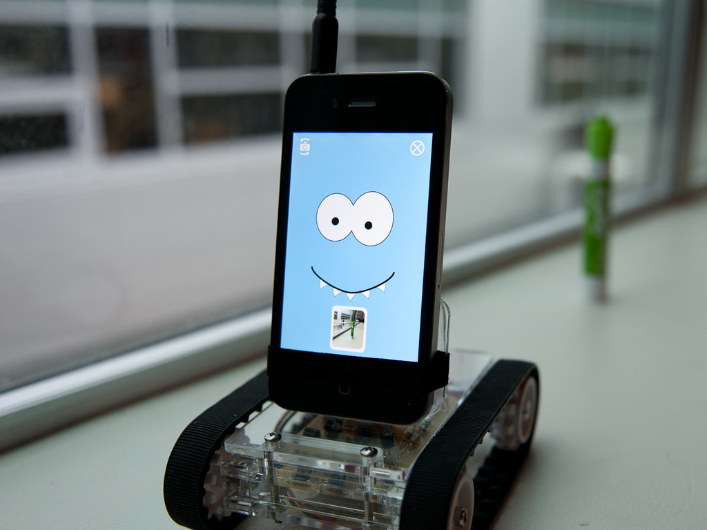 Romo– The Smartphone Robot's video poster