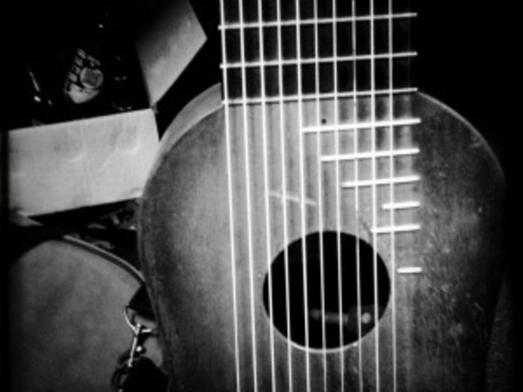 Peter Blanchette & The Happy Valley  Guitar Orchestra's video poster