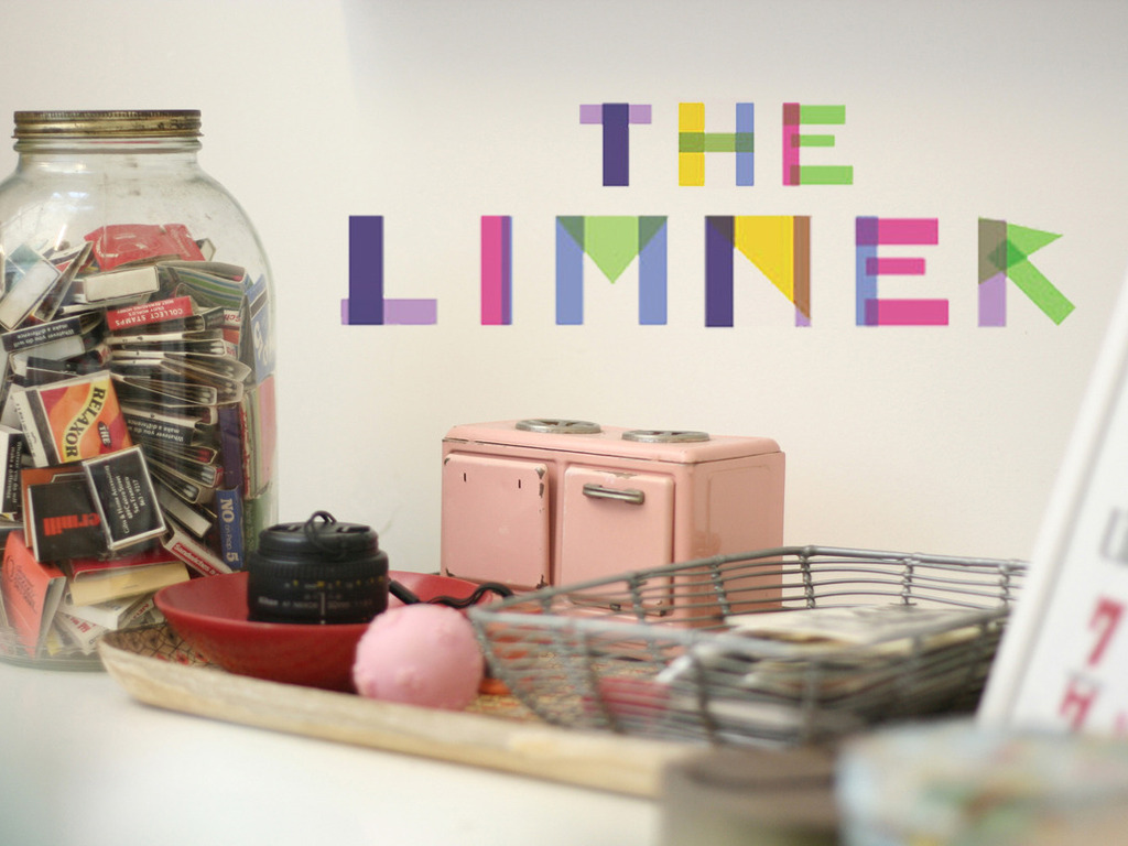 TheLimner.com: We profile creative people!'s video poster
