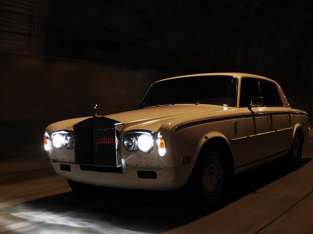 The first ever Rolls Royce drift car!'s video poster