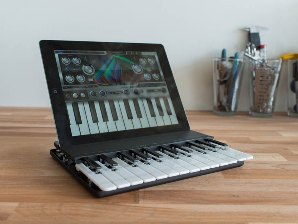 C.24 - The Music Keyboard for iPad's video poster