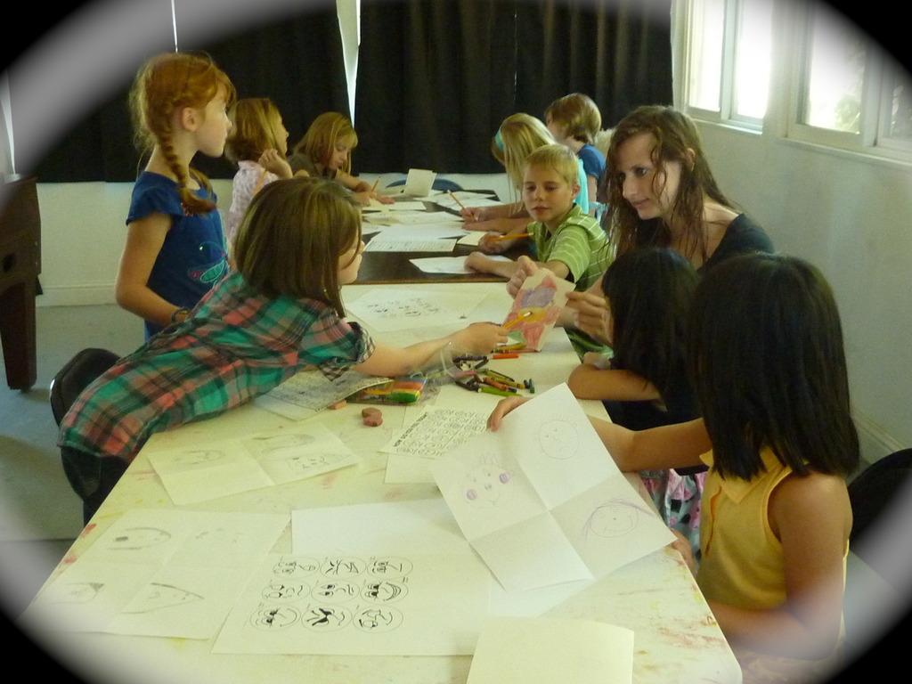 Children Creating Art's video poster