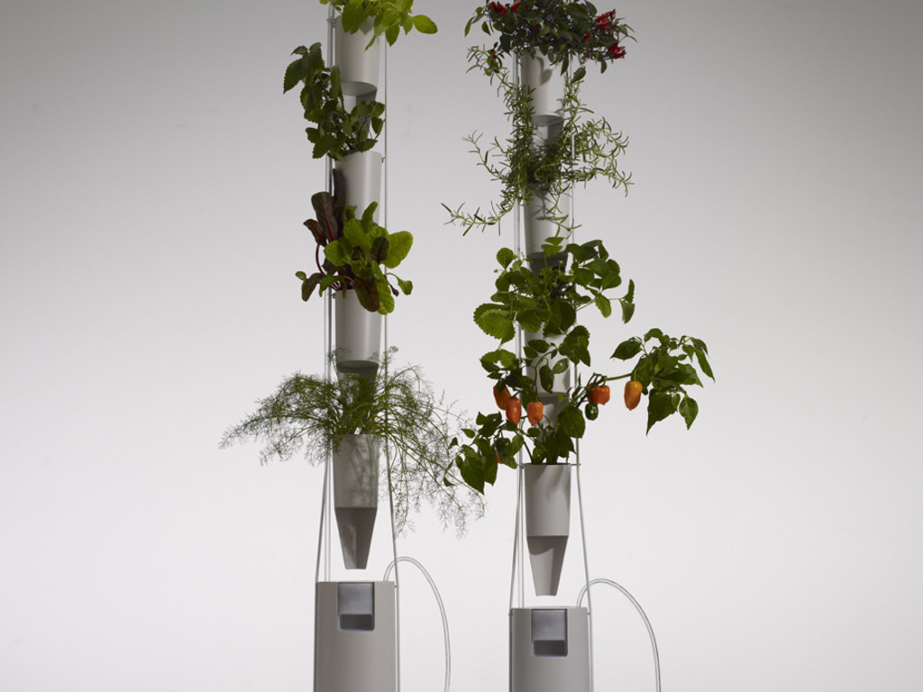 Brand New Windowfarms- Vertical Food Gardens's video poster