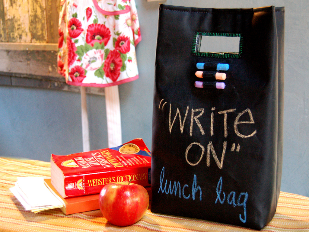 """""""Write On!"""" Chalk Cloth Lunch Bag's video poster"""