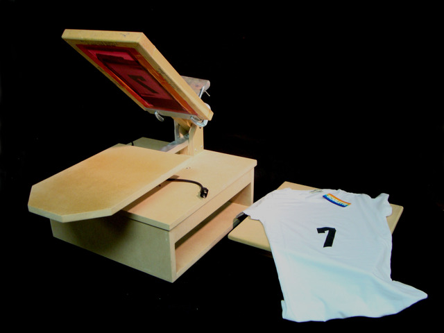 Diy T Shirt Heat Press And Screen Printer Using A Griddle